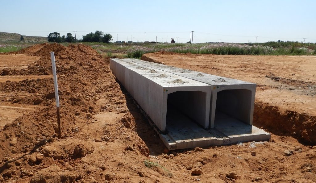 Typical culvert on precast slabs.
